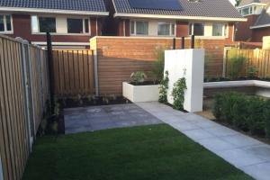 aanleg-moderne-tuin-3-
